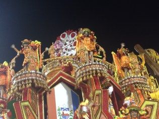 Detalhe da quinta alegoria da Dragões da Real no Desfile das Campeãs (2017) - Foto de Cassius S. Abreu