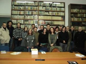 Poza de grup - Premianții Concursului de Creație Pavel Dan, ediția a XIV-a, 2011 Alexandru Văsieș, poetul de azi, și Oana Văsieș, sora poetului și ... titlul recentului său vol