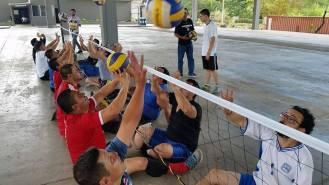 El equipo entrena en el Liceo de San Antonio