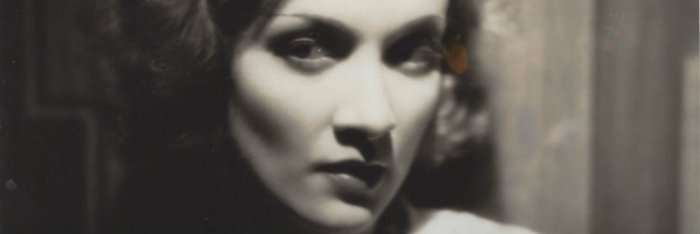 Marlene Dietrich é a espiã Marie Kolverer em Desonrada (Dishonored, 1931)