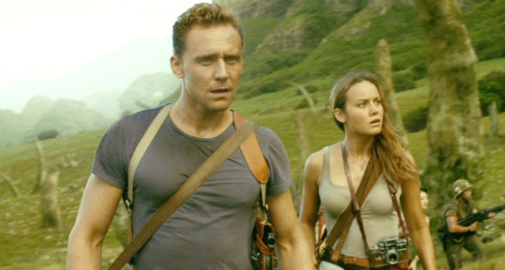 Tom Hiddleston e Brie Larson em Kong: a Ilha da Caveira (2017)