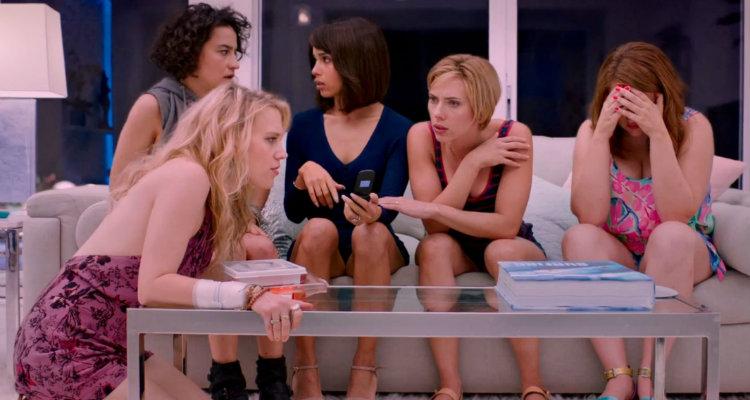Kate McKinnon, Jillian Bell, Zoë Kravitz, Scarlett Johansson e Ilana Glazer em A Noite É Delas (Rough Night)