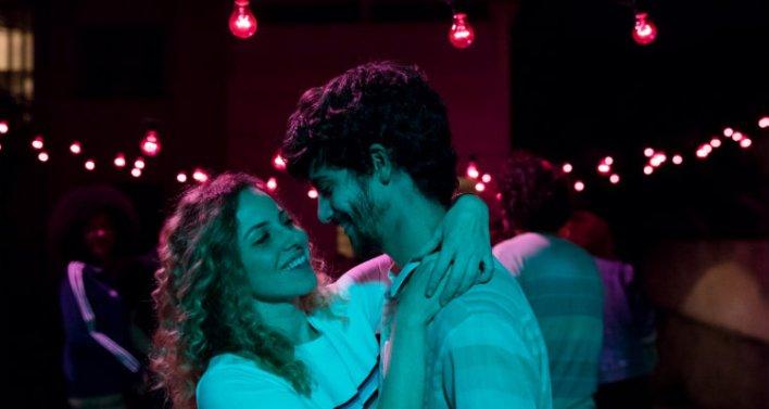 Mayara Constantino e Caio Horowicz em Música para Morrer de Amor (2019)