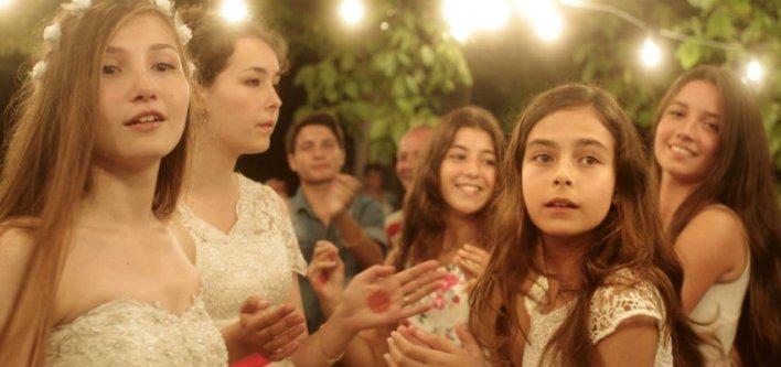 Cinco Graças, uma das estreias da semana no Cinema #EmCasaComSesc. Ótima pedida para o isolamento.