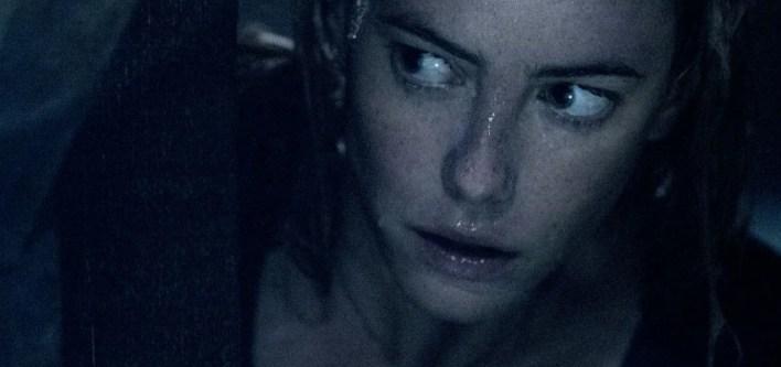 Kaya Scodelario em Predadores Assassinos (Crawl)
