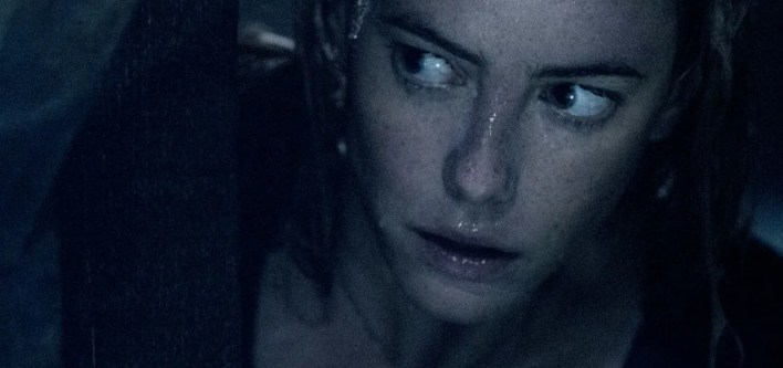 Kaya Scodelario em Predadores Assassinos (Crawl)