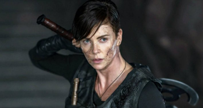 Charlize Theron em The Old Guard (2020)