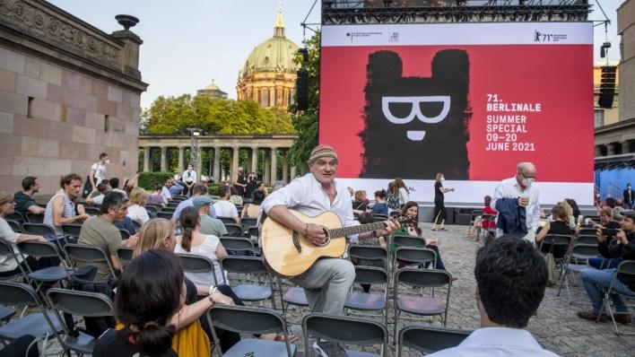 Berlinale 2021: Herr Bechamnn