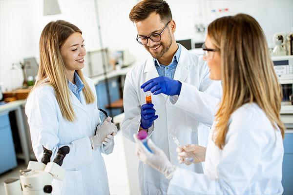 becas-estudiar-tecnico-farmacia-parafarmacia