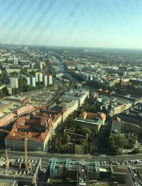Berlin TV Kulesi - Berlin Gezilecek Yerler