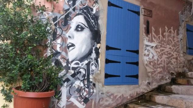 gemmayze'de hoş bir grafiti
