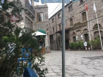 Assos Sokaklar
