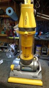 All-Floors Cyclone Upright Vacuum Cleaner Repair