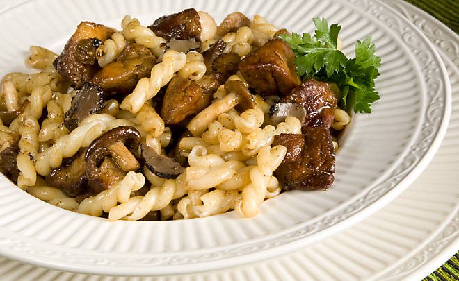 Recipe_Pasta_Foie_Gras_Mushrooms_HomeMedium
