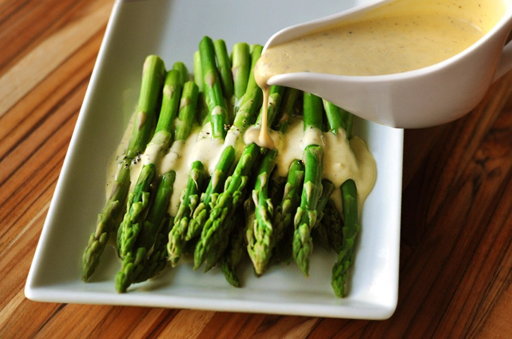 truffle_butter_hollandaise_recipe