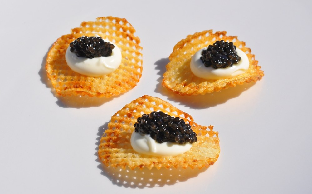duck-fat-potato-chips-with-caviar-recipe