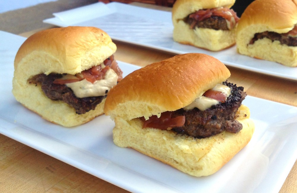 buffalo-sliders-with-foie-gras-recipe