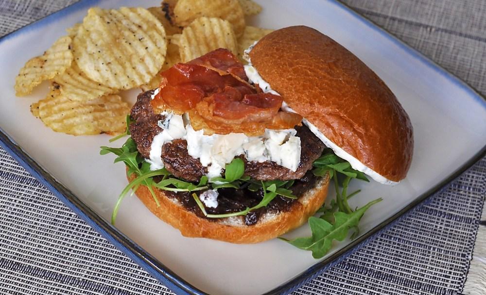 wagyu-burger-gorgonzola-prosciutto-fig-jam-recipe