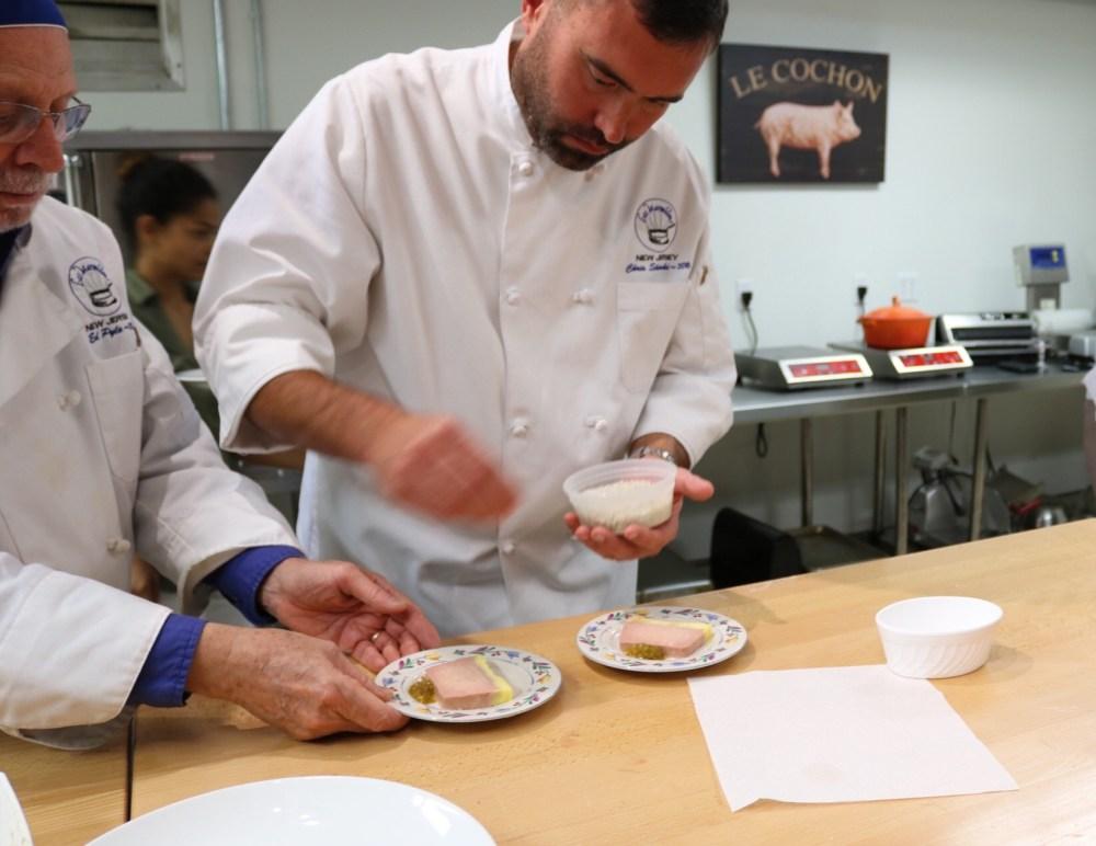 Les Marmitons Foie Gras Serving