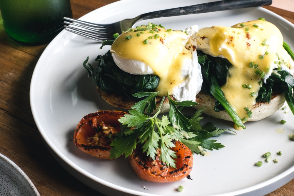 foodiesfeed.com_poached-eggs-with-spinach-on-a-brioché.jpg