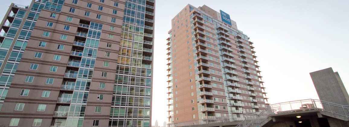 High Rise Condos in Center City Philadelphia - Waterfront Square