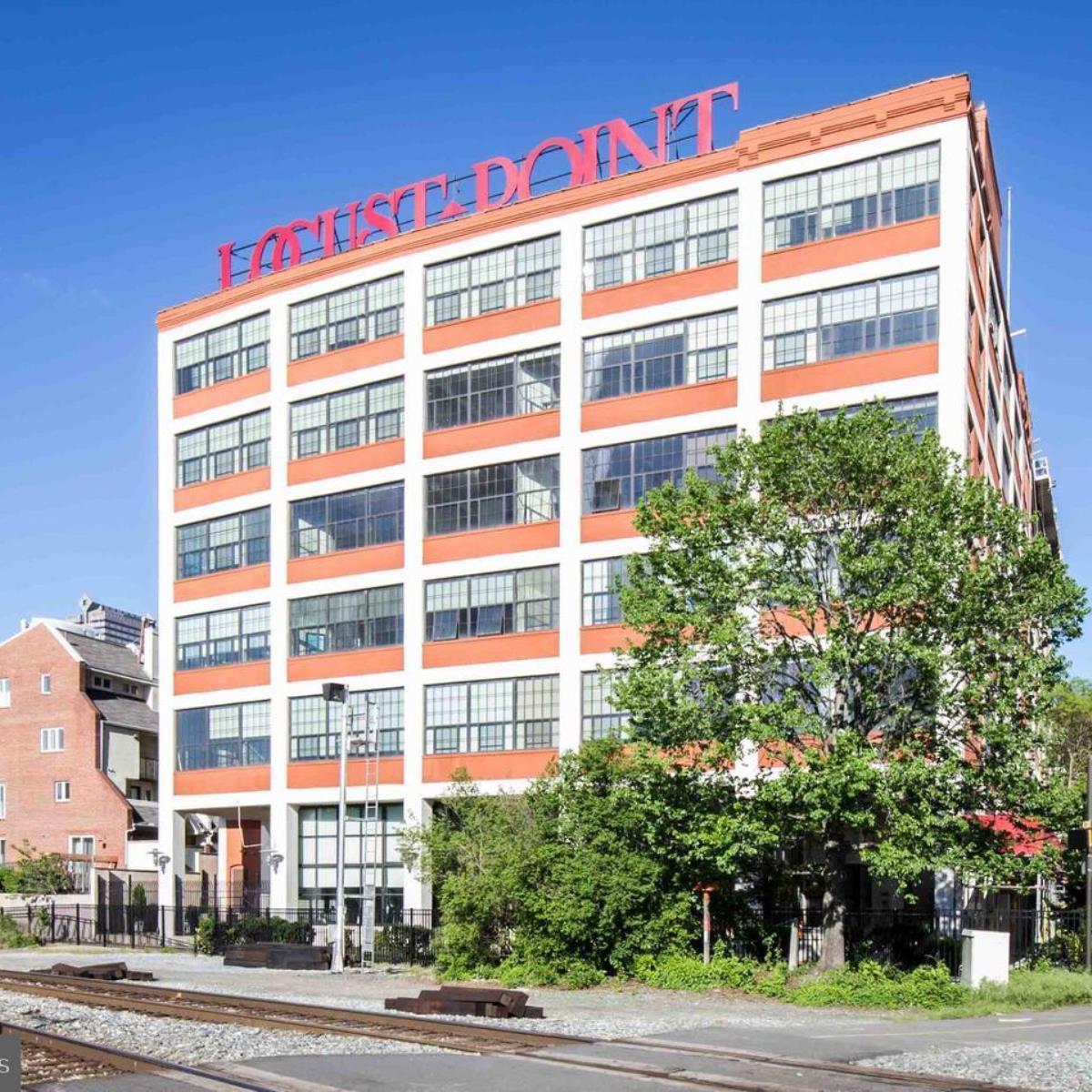 Locust Point Condos for Sale in Philadelphia