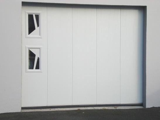 Choisir une porte de garage sur mesure centpourcentpose - Barre de seuil porte de garage sectionnelle ...