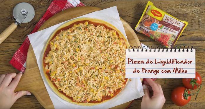 Pizza de Liquidificador de Frango com Milho