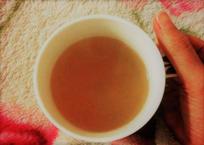 Chá de gengibre, cravo, anis e limão para gripe