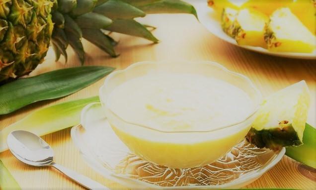 Gelado de abacaxi