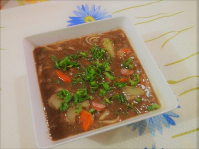 Sopa de Feijão da Mamãe