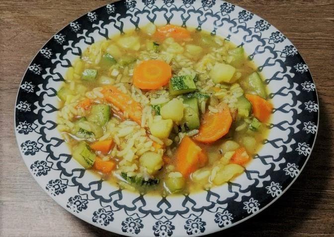 Sopa de legumes com arroz