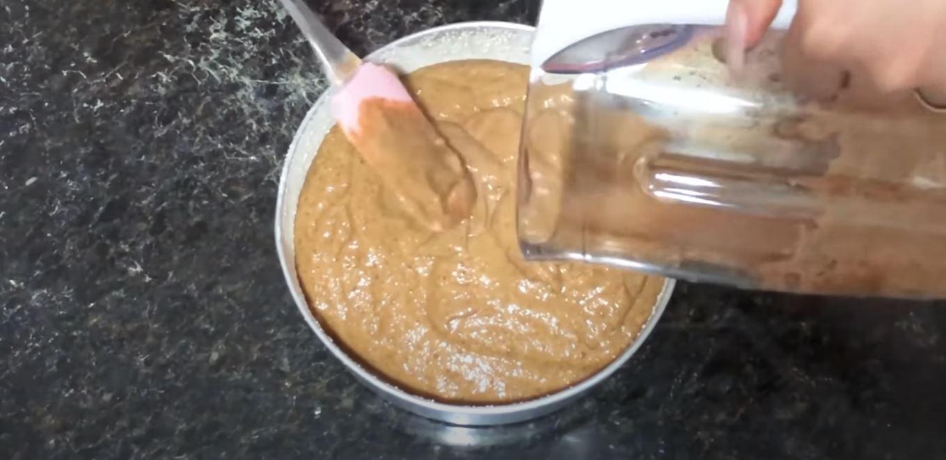 massa do bolo de banana na forma