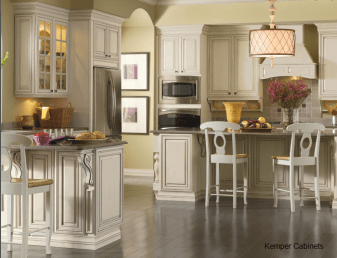 central traditional kitchen