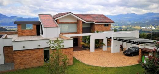 Venta casa en Altos de Yerbabuena, en Chía