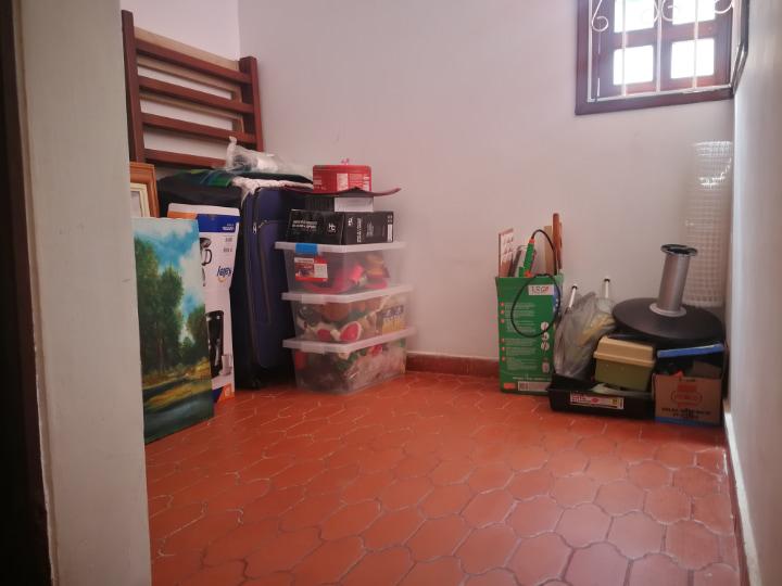 Venta hermosa casa en Villavicencio cuarto de servicio
