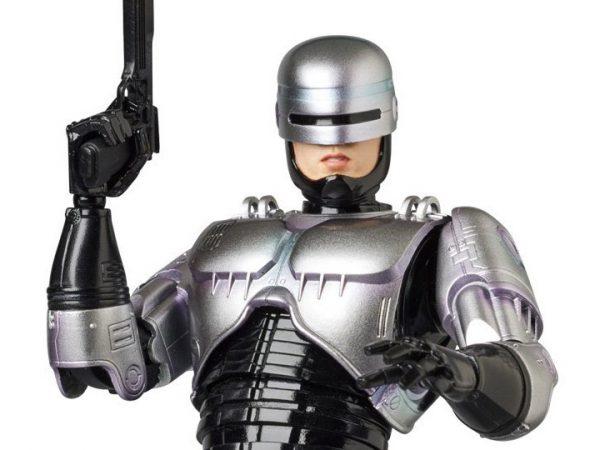 Mafex-RoboCop-1-600x450