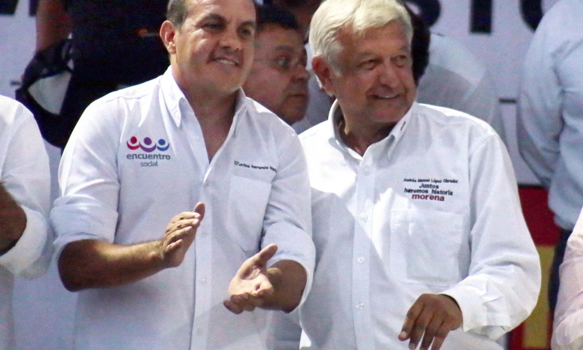 Andrés Manuel López Obrador y Cuauhtémoc Blanco | Foto: Margarito Pérez Retana | centraldenoticias.mx