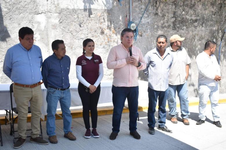 INAUGURA ALCALDE DE JIUTEPEC PAVIMENTACIONES Y DRENAJE SANITARIO 03