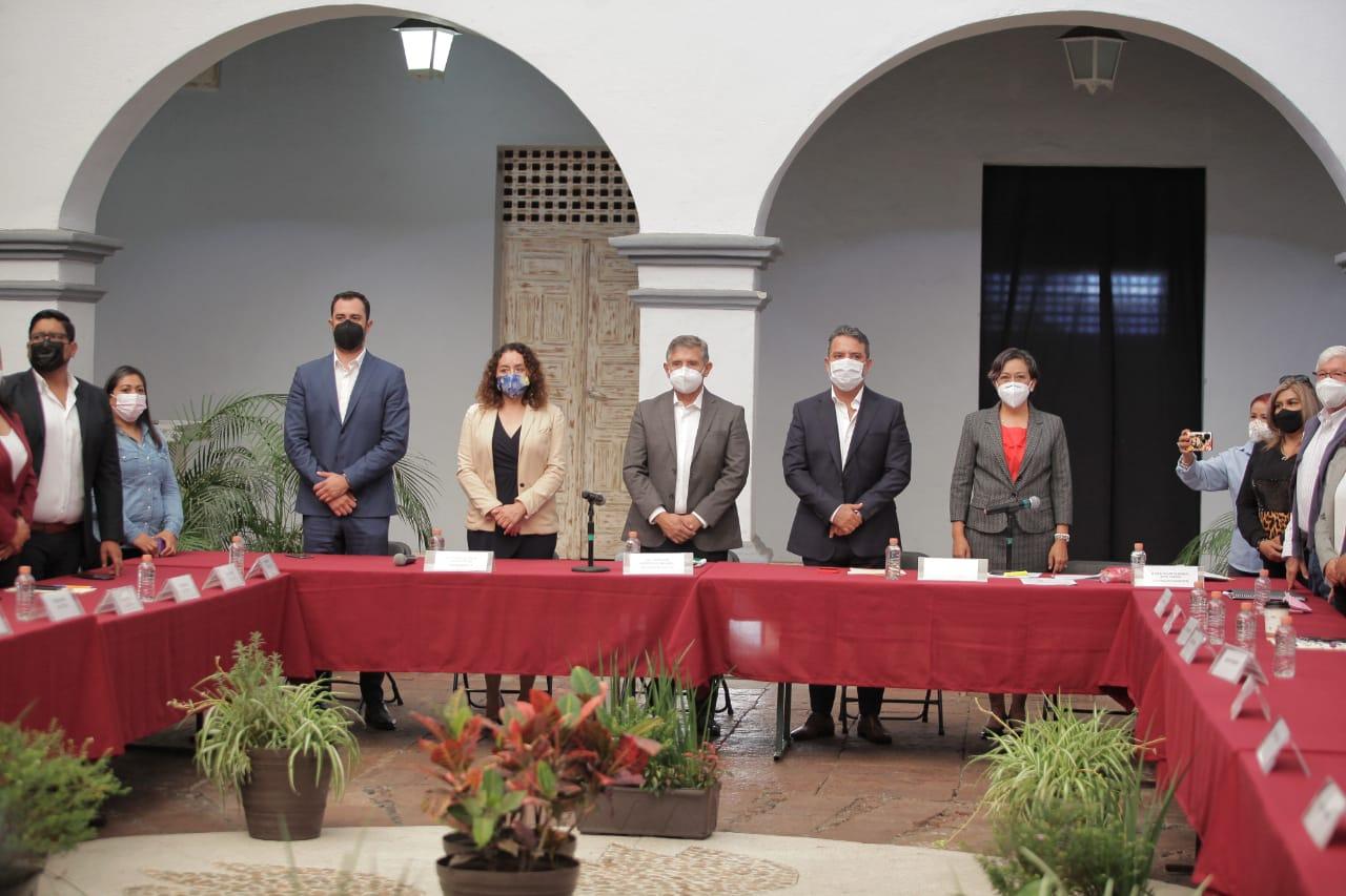 Arranca acto protocolario de entrega -recepción en Cuernavaca