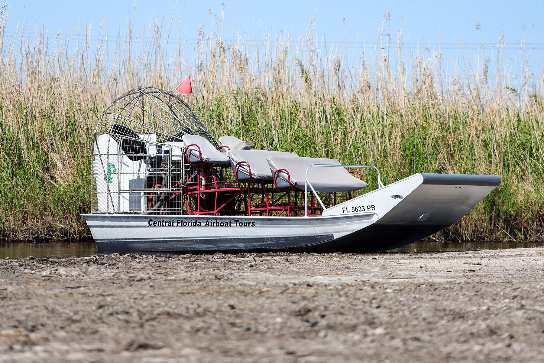 BoatParked-1800x1200-2