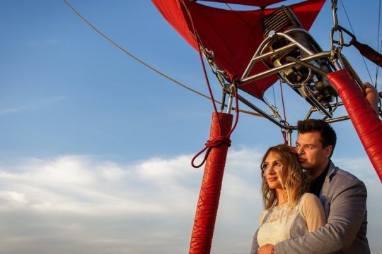 Couple in a hot air balloon for wedding