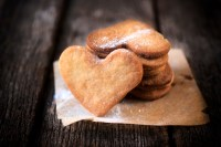Heart-shaped cookies, love cookies