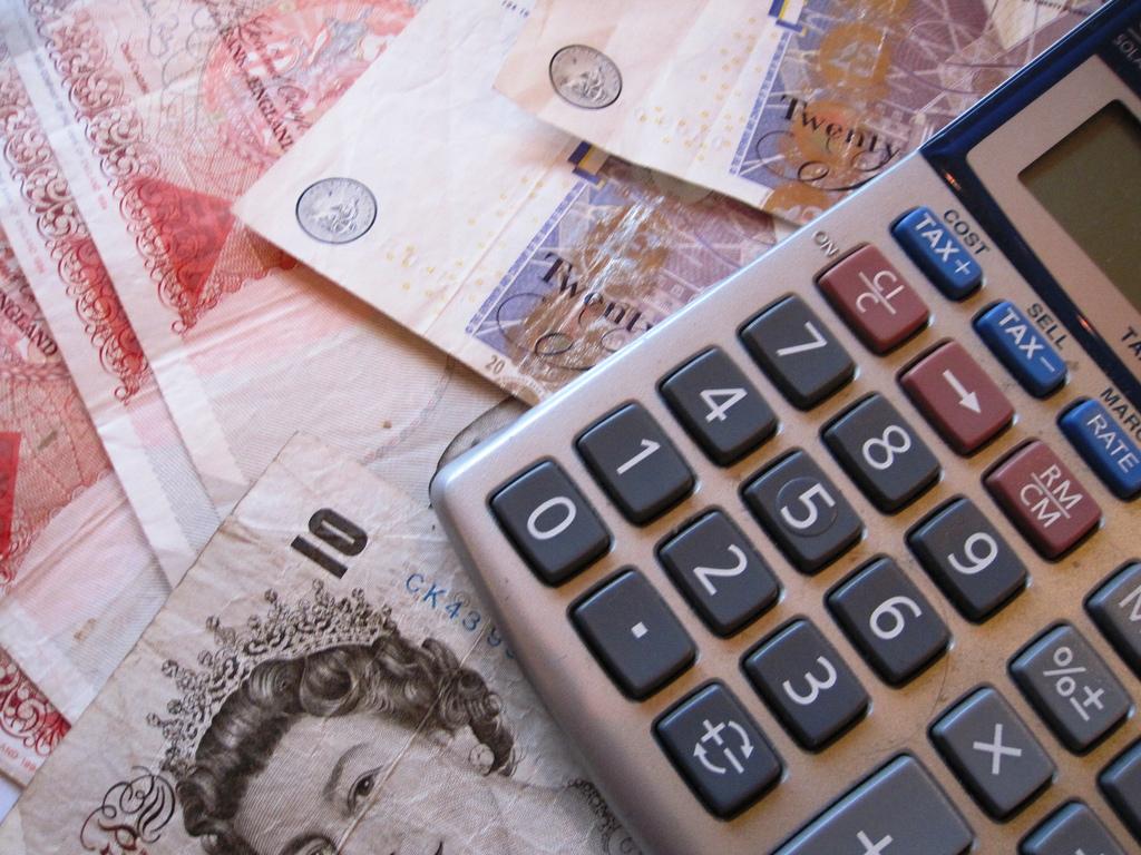 Money and Calculator Private Renters