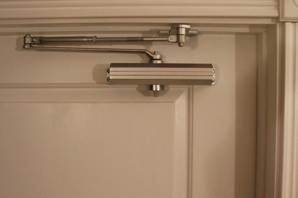 Hydraulic Door Closers