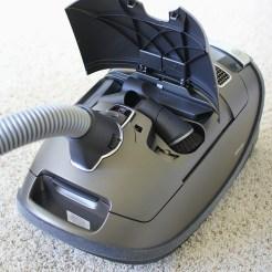 0086172_miele-brilliant-complete-c3-vacuum