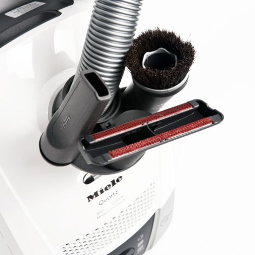 Vario clip connects to the hose for tool storage on the Compact