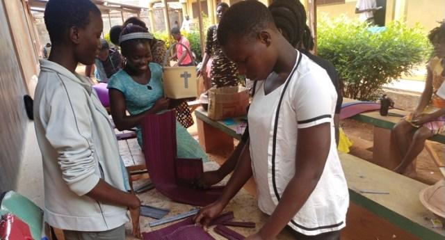 Atelier de fabrication de sacs
