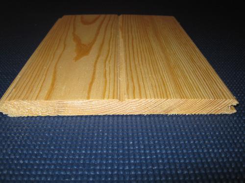 revetement muraux lambris pin rouge