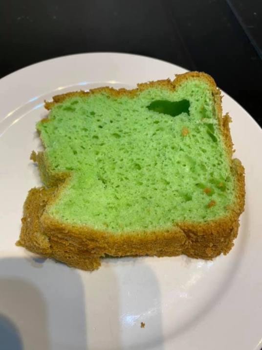 Clair Chue Hong - Pandan Cake 2